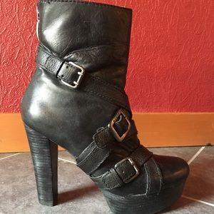 GUESS? Platform Ankle Boots Sz 9